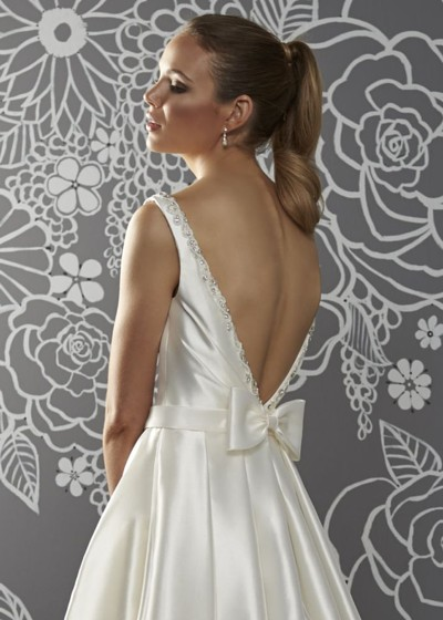 Low V back & bow detail wedding dress Mikado