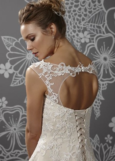 Cordelia keyhole back wedding dress  bridal gown alisonjanebridal.co.uk