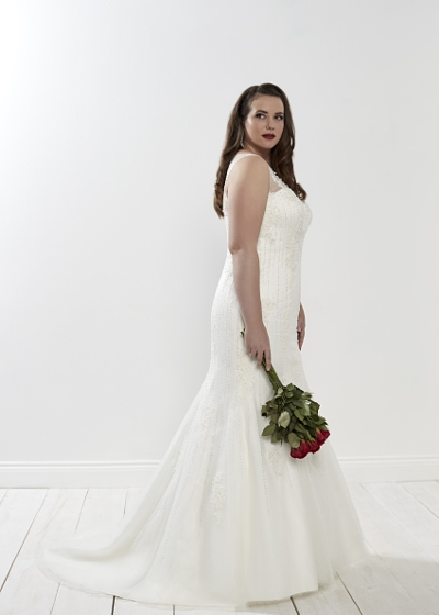 Onyx wedding dress fitted