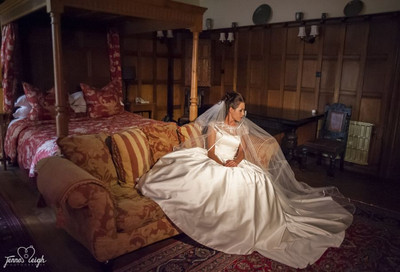 Bridal boudoir Jenne leigh Photography Photo shoot with Alison Jane Bridal Mirfield