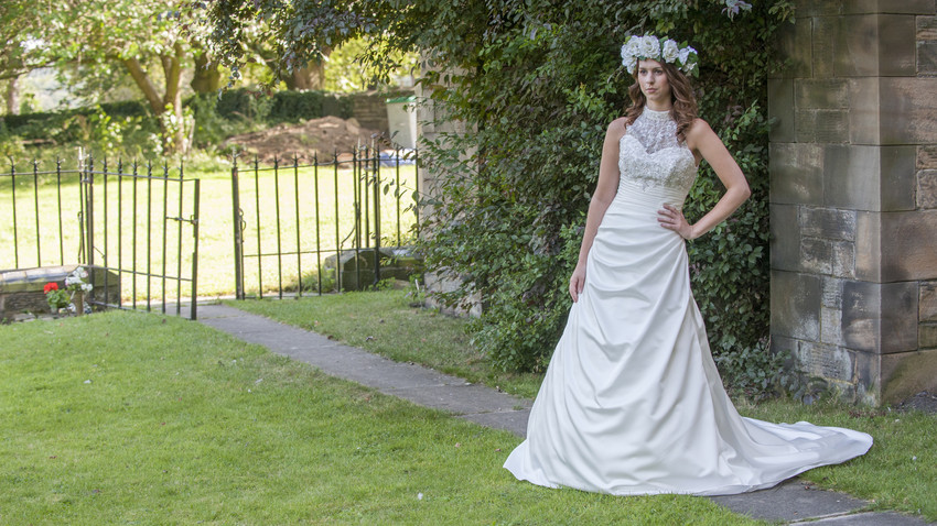 Blog Image-Summer bridalshoot - Bridal gown Hadley & full floral crown Mirfield alisonjanebridal.co.uk