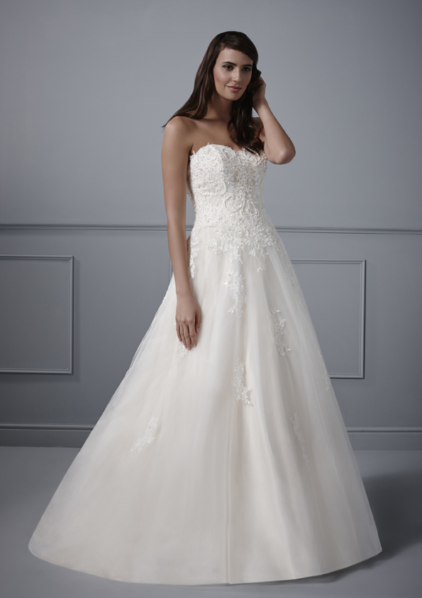Off The Peg And Sale Wedding Dresses MIRFIELD WEST YORKSHIRE