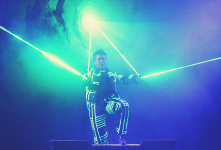 Laseract in Toverland Sevenum with illusionist Luc Elson